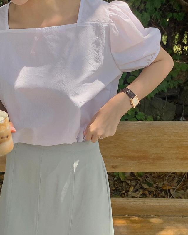 3 kiểu áo blouse trắng lên ngôi hè 2021, kiểu thứ nhất nàng công sở nào cũng mê mệt vì nữ tính và kiêu sa - Hình 2