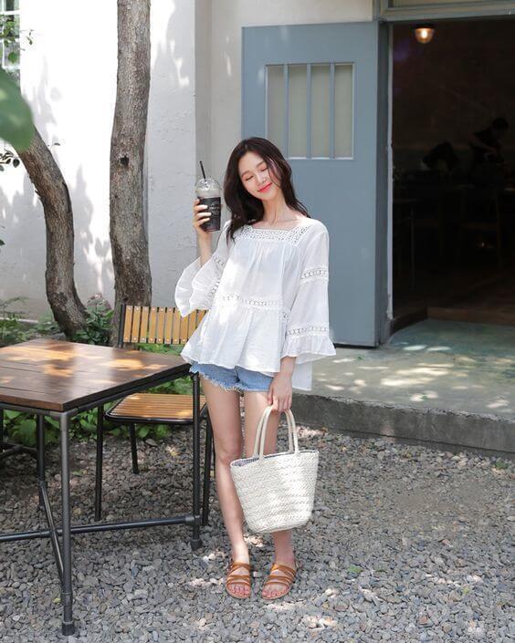 3 kiểu áo blouse trắng lên ngôi hè 2021, kiểu thứ nhất nàng công sở nào cũng mê mệt vì nữ tính và kiêu sa - Hình 9