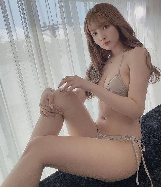 Hot girl phim 18 gây sốc khi báo hiệu ngày tàn của ngành công nghiệp, khuyên các đàn em nên rút lui, đừng ảo tưởng được như Yua Mikami - Hình 1