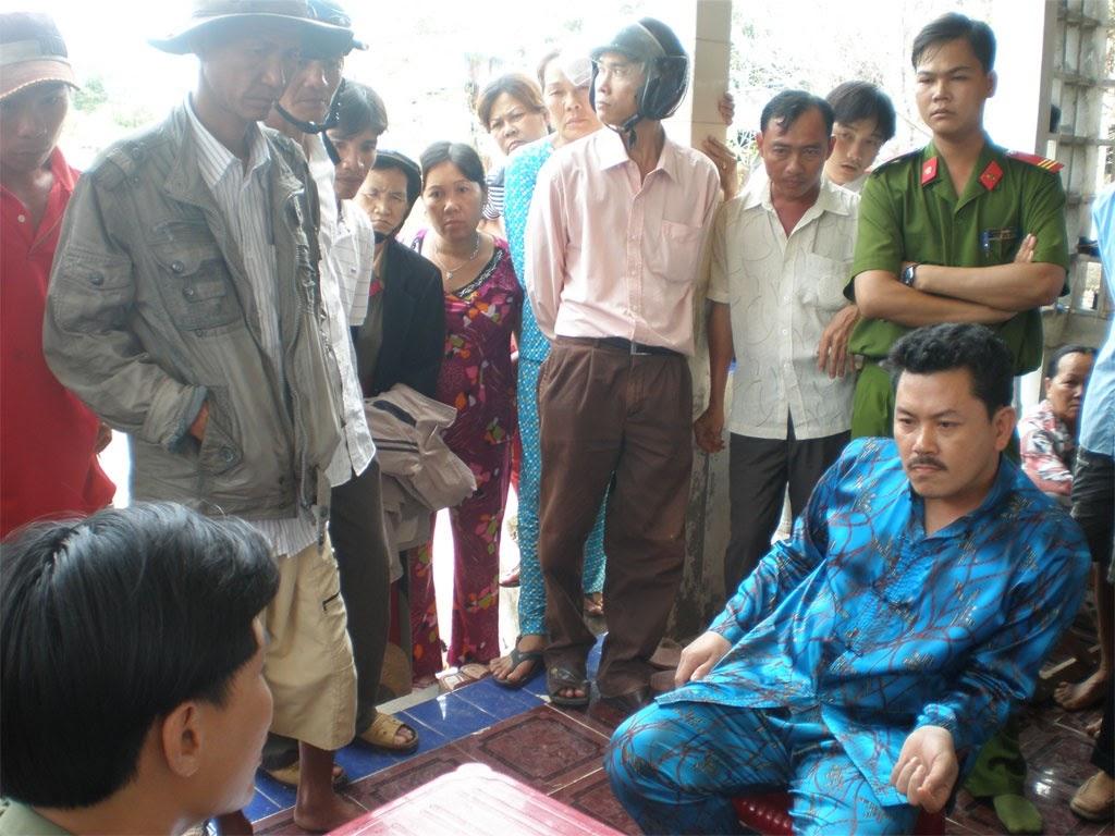 NÓNG: Thần y Võ Hoàng Yên bị tố cáo chữa bệnh gây chết người tại Hưng An Tự - Hình 1