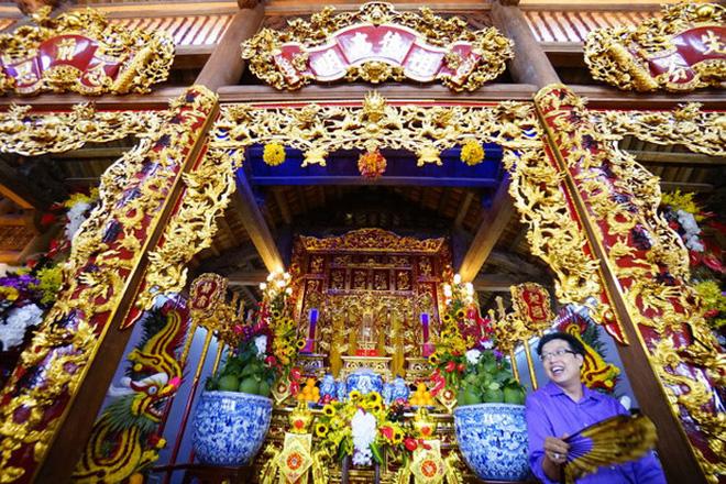 Về thăm Đền thờ Tổ nghiệp của NS Hoài Linh sau loạt lùm xùm từ thiện: Camera bố trí dày đặc, hàng xóm kể không bao giờ thấy mặt - Hình 1