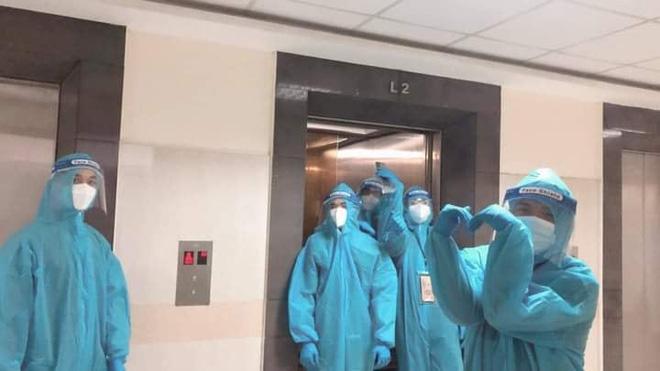 F0 ở bệnh viện dã chiến kể chuyện tiếng chuông vang lên trong đêm, cảnh tượng sau đó khiến ai nấy choáng váng - Hình 1