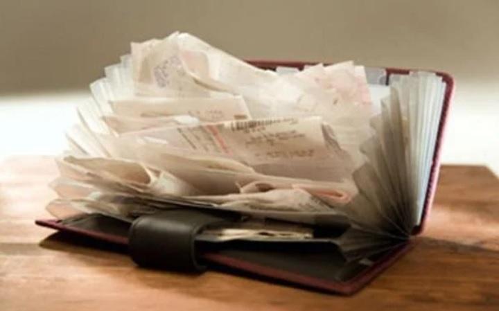 3 thứ đặt vào ví tiền tài lộc tìm tới, 1 thứ hao tài nên tránh xa - Hình 1