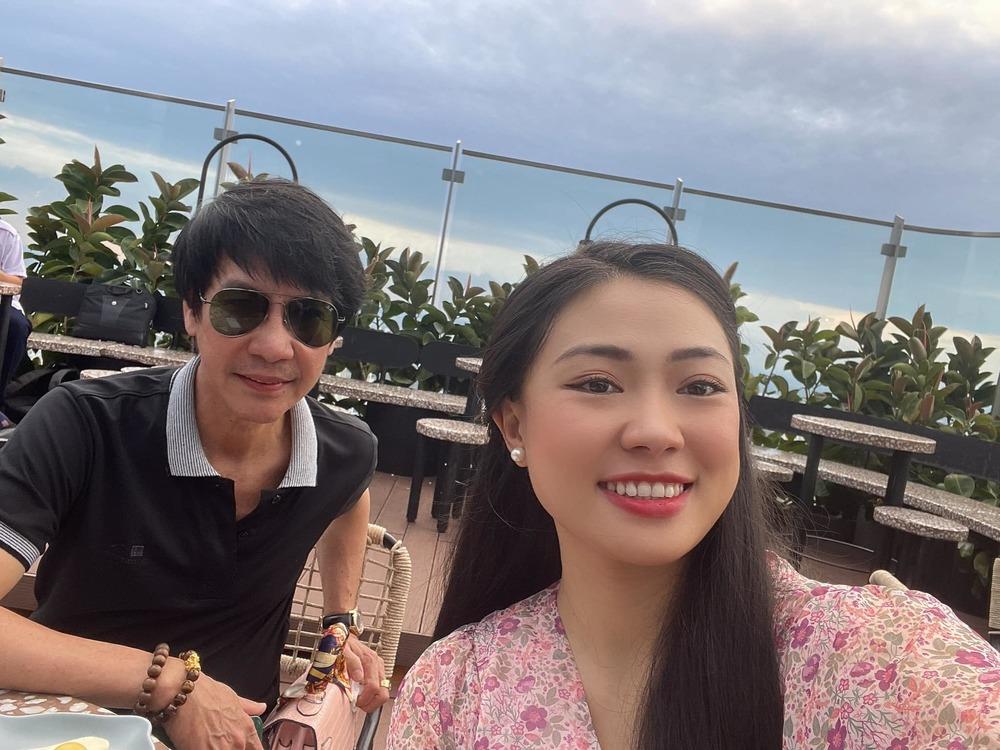 Cuộc sống của Lê Huỳnh bên vợ trẻ kém 29 tuổi sau ly hôn Kiều Oanh - Hình 8