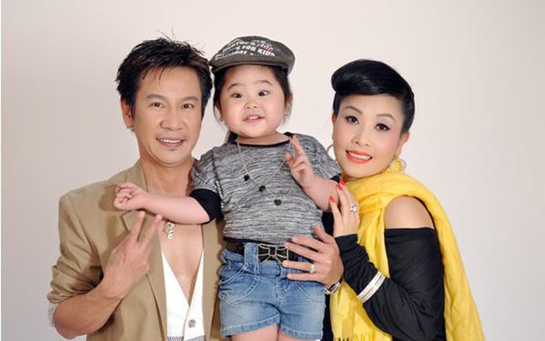 Cuộc sống của Lê Huỳnh bên vợ trẻ kém 29 tuổi sau ly hôn Kiều Oanh - Hình 2