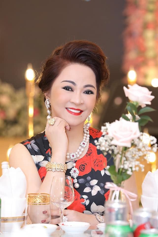 Bà Phương Hằng hẹn livestream chủ đề Mơ lại một giấc: Tôi không nhiều chuyện nhưng vì chuyện quá nhiều - Hình 2