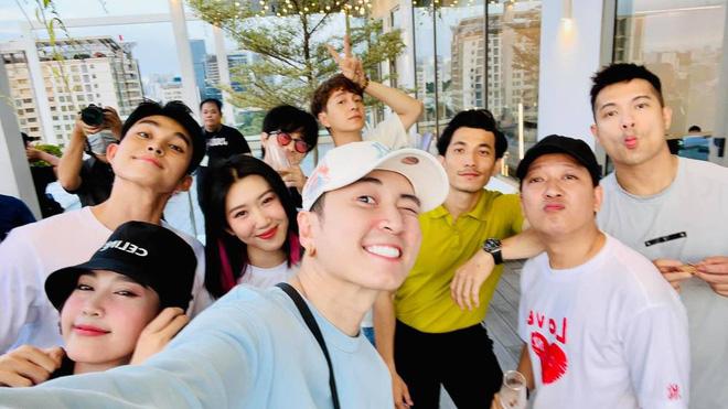 Xuất hiện nhân vật giống Jack cùng dàn cast Running Man Việt từ Hàn về nước? - Hình 7