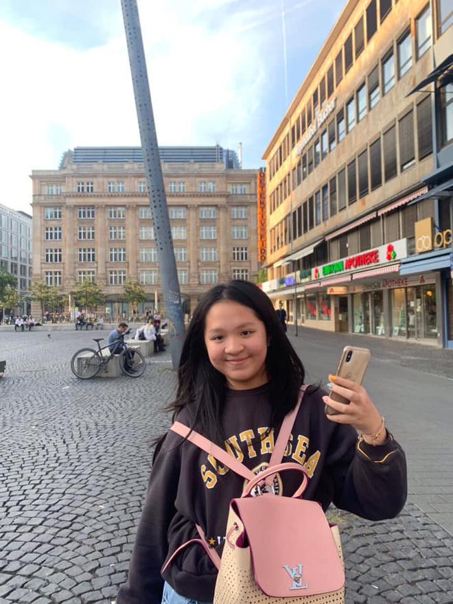 Nhan sắc tuổi 15 của ái nữ bà trùm khu du lịch Đại Nam: Lột xác nhờ giảm cân, khí chất cô chủ ngút trời! - Hình 2