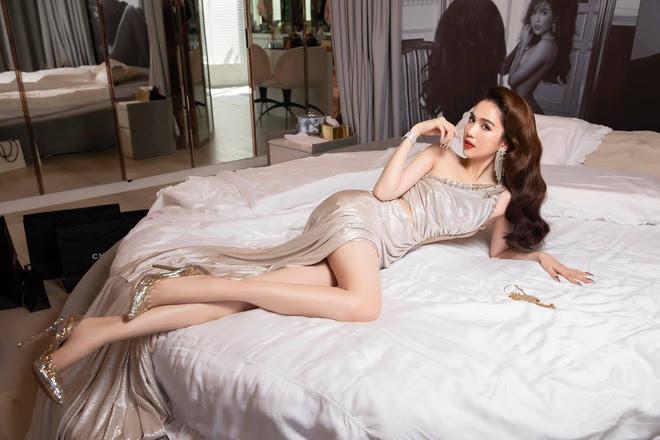 Ở nhà mùa dịch, Chi Pu, Ngọc Trinh và mỹ nhân Việt rủ nhau bung lụa trên giường khiến fan đỏ mặt - Hình 1