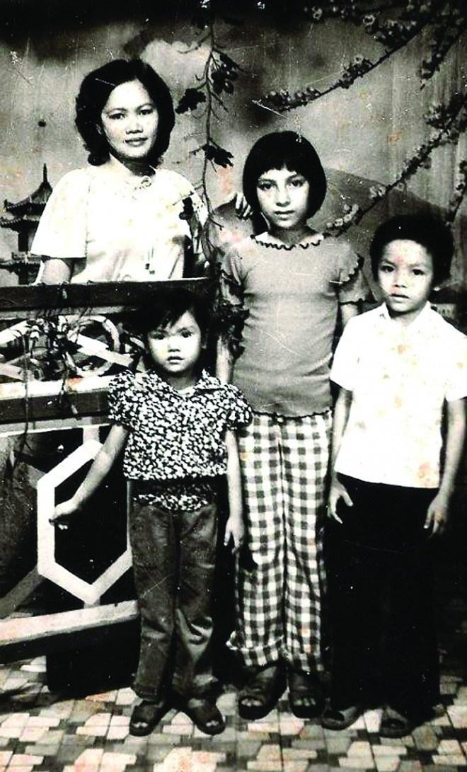 Xót lòng clip Phi Nhung nói về cuộc đời: Làm con nhưng không dám gọi mẹ, dù bị đánh vẫn thấy tội và thương - Hình 4