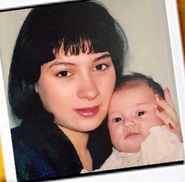 Phi Nhung hy sinh tất cả vì con gái duy nhất - Hình 1