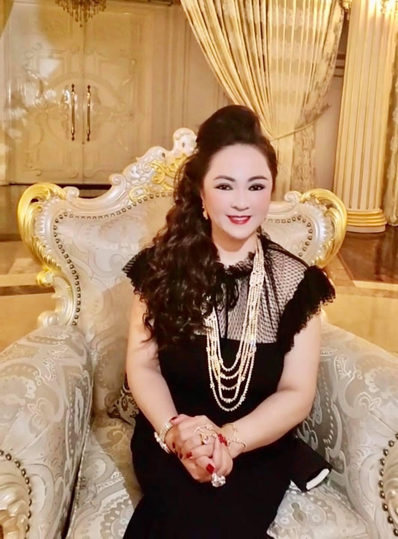 Quỹ từ thiện của bà Phương Hằng bất ngờ nhận được tiền ủng hộ, nghi vấn có thuyết âm mưu hay bị gài bẫy - Hình 6